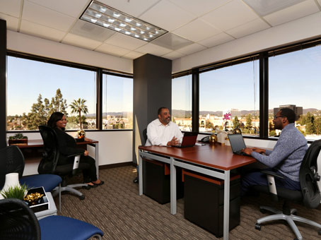 Regus Meeting Room in Wells Fargo