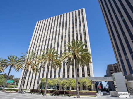 Building at 1800 Century Park East, Suite 600 in Los Angeles 1