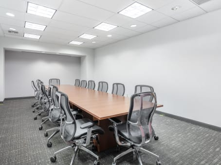 Regus Meeting Room in Howard Hughes Parkway