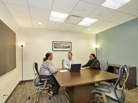 Regus Meeting Room in One Magnificent Mile