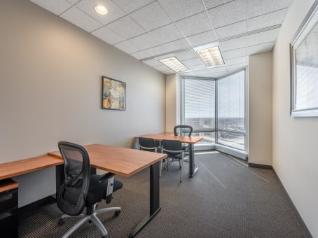 Regus Meeting Room in Carlson Center - view 4