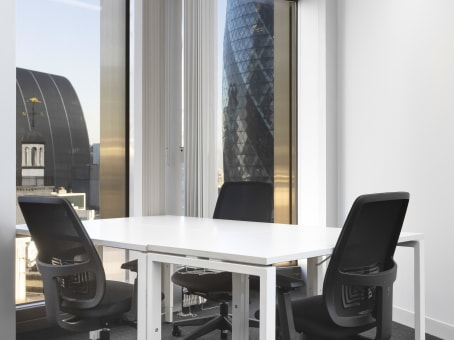 Regus Meeting Room in London Tower 42