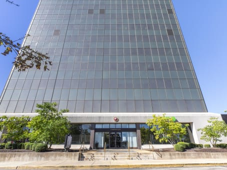 Building at 111 West Port Plaza, 6th Floor in St Louis 1