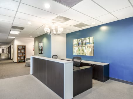 Regus Business Lounge in Sand Lake