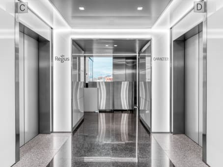Regus Business Lounge in Madrid Financial District - Torre Europa