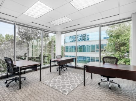Regus Business Lounge in TownPark Center