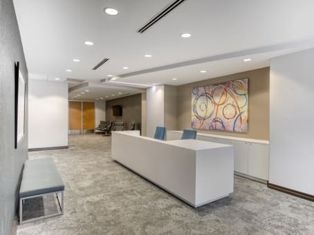 Regus Business Lounge in Imperial Business Park