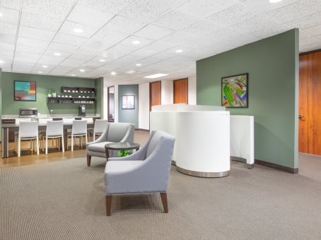 Regus Business Lounge in Boone Boulevard