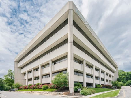 Building at 2001 Route 46, Waterview Plaza, Suite 310 in Parsippany 1