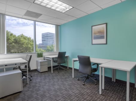 Regus Meeting Room in Corporate Center