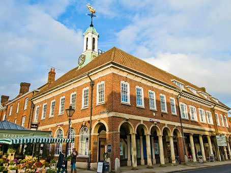Farnham, Town Hall Exchange