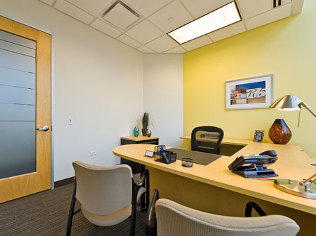 Office to Rent in St. Charles