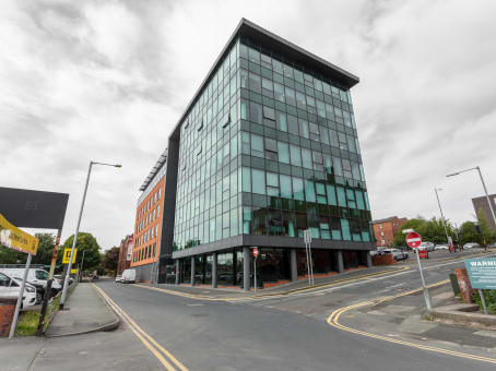 Regus Meeting Room, Bolton, Town Centre