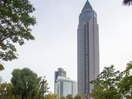 Building at 25th floor, Messeturm in Frankfurt 1