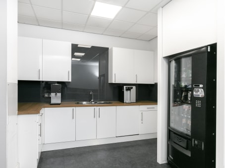 Regus Office Space in Luton Capability Green