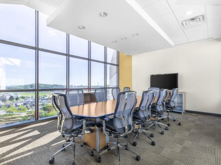 Regus Office Space in Greenway - view 3