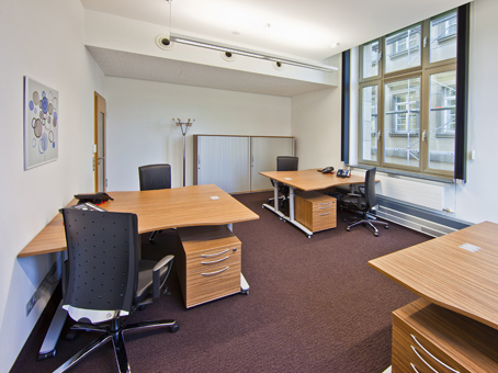 Regus Office Space in Frankfurt Skyper Villa