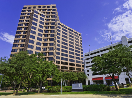 Building at 545 East John Carpenter Freeway, Suite 300 in Irving 1
