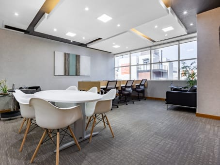 Regus Business Centre in Curitiba Corporate Evolution