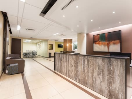 Regus Business Lounge in 600 Third Avenue