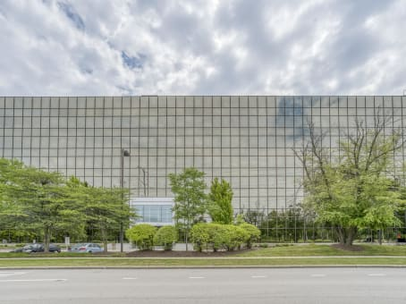 Building at 5250 Old Orchard Rd, Suite 300 in Skokie 1
