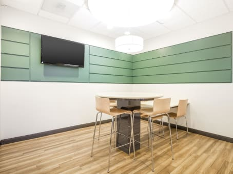 Regus Meeting Room in Faber Center - view 9