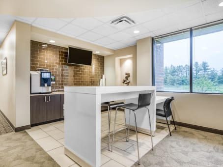Regus Business Lounge in Saucon Valley Plaza