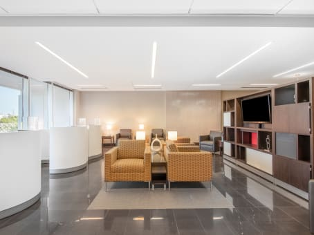 Regus Business Lounge in Perimeter Woods
