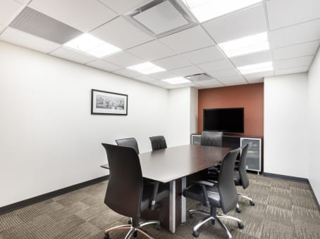 Regus Business Lounge in Macleod Place II