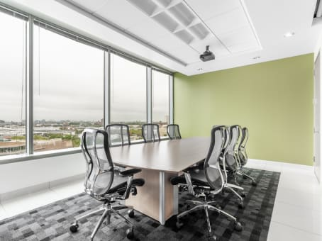 Regus Meeting Room in Illinois, Chicago - Lincoln Park