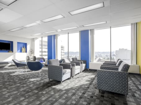 Regus Business Lounge in Downtown Pacific Avenue