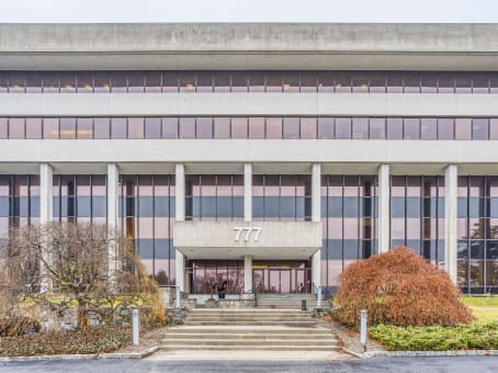 Building at 777 Westchester Avenue, Suite 101 in White Plains 1