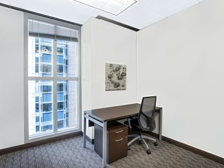 Regus Business Centre in 580 California - view 7