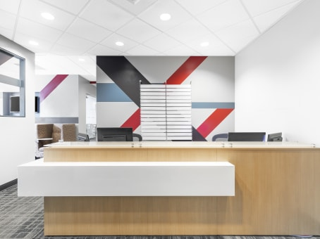 Regus Business Lounge in Canyon Park West