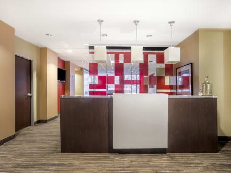 Regus Business Lounge in Galleria at PNC Plaza