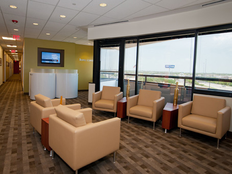 Regus Business Lounge in Willowbrook