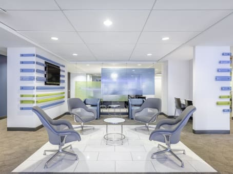 Regus Business Lounge in 275 Seventh Avenue