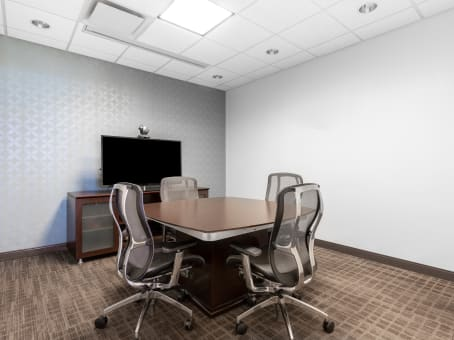 Regus Business Lounge in Towne Place at Garden State Park