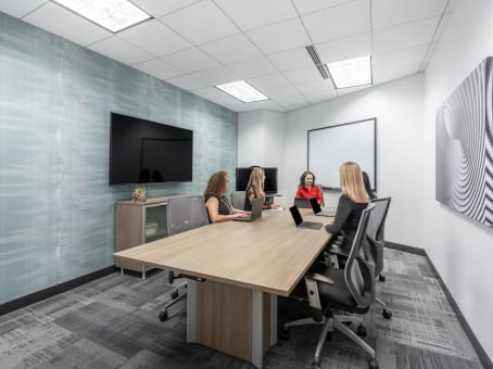 Office to Rent in Chicago