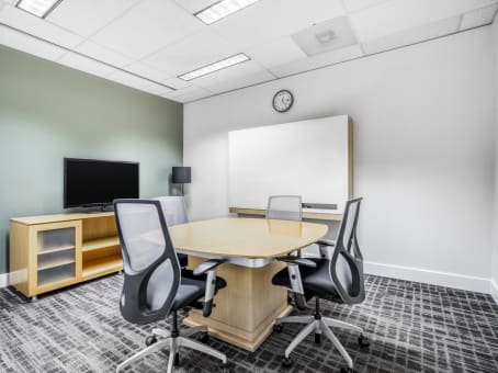 Regus Meeting Room in River Park Center