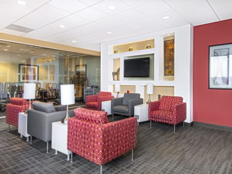 Regus Business Lounge in Downtown Wells Fargo Center