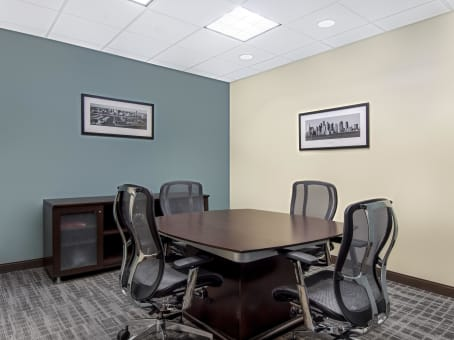Regus Office Space in Downtown Wells Fargo Center - view 8