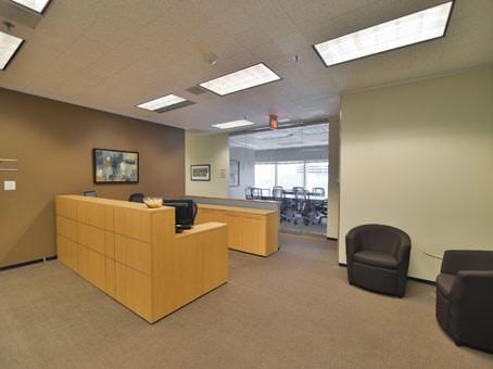 Regus Office Space in Downtown Wells Fargo Tower - view 3
