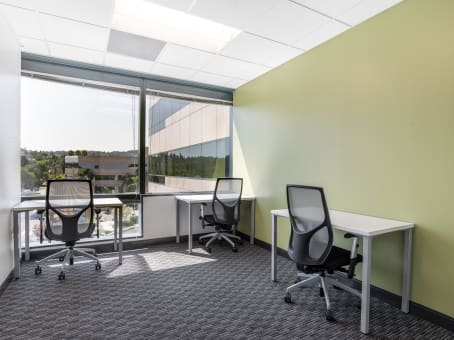 Regus Business Centre in Encino Corporate Center
