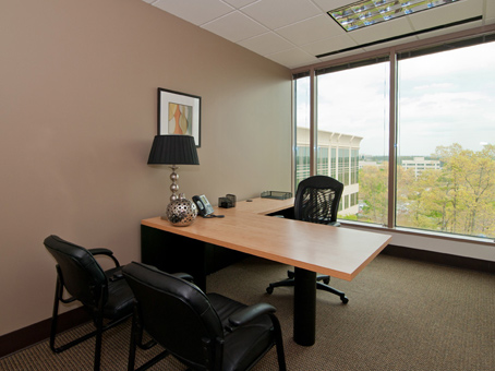 Regus Day Office in 2300 Lakeview