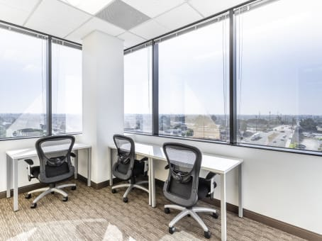 Regus Office Space in Centerpointe