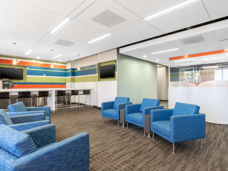 Regus Business Lounge in Russell Ranch Parkway