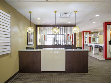 Regus Business Lounge in Arroyo Crossing