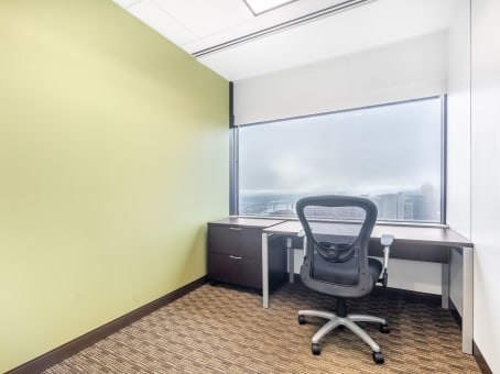 Regus Office Space in US Bancorp Tower