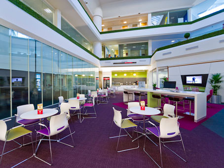 Regus Business Lounge in Heathrow Stockley Park